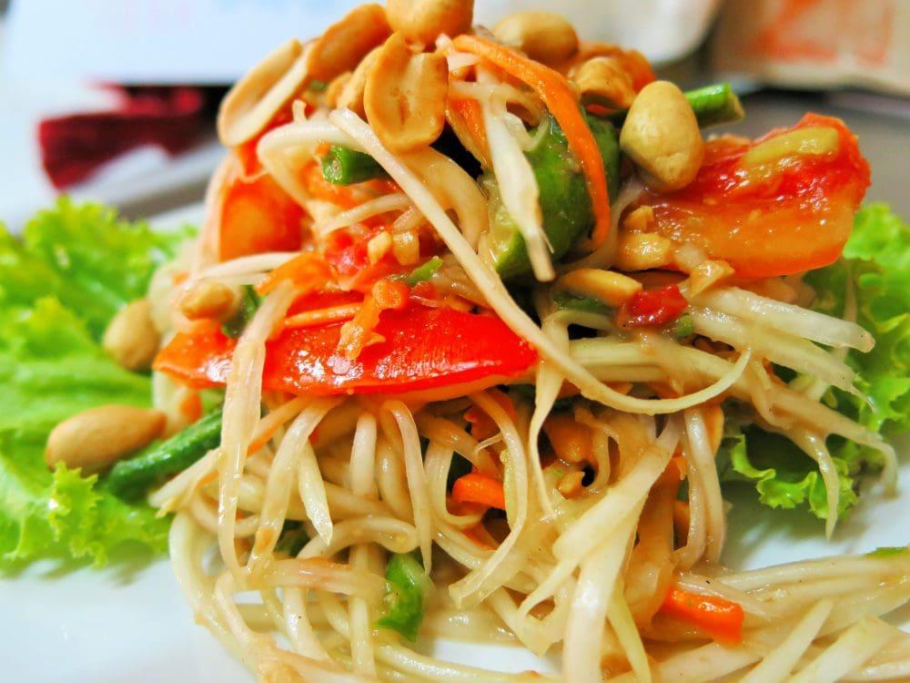 Vegan Thai Green Papaya Salad - VeggieVisa