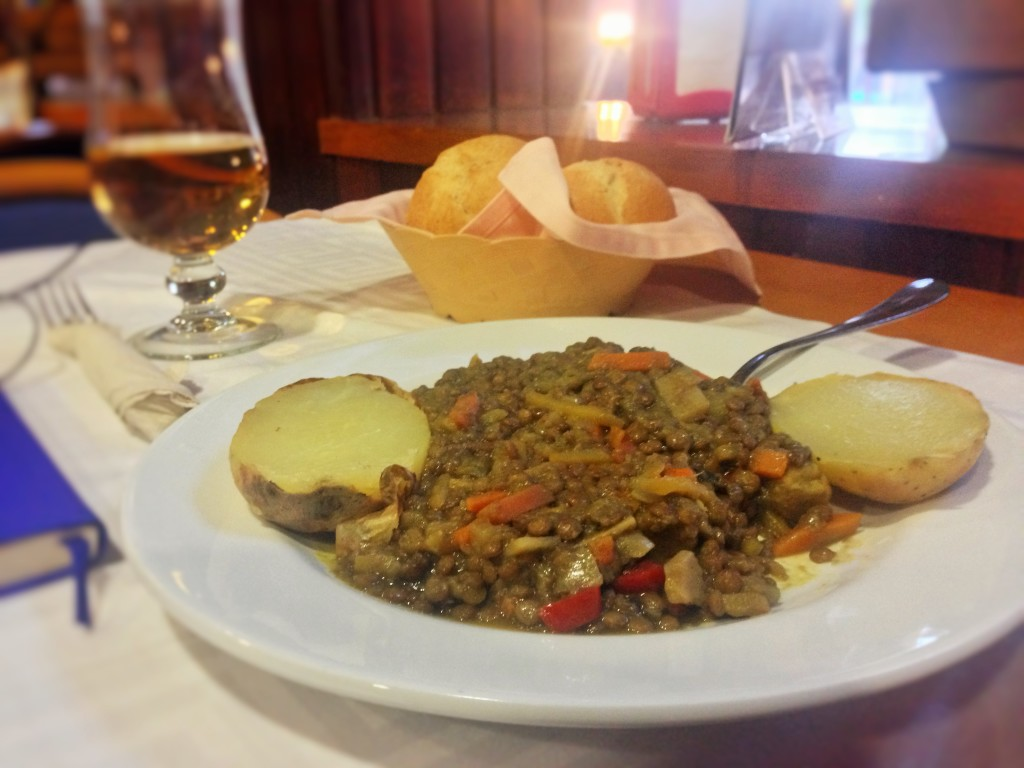 Home style Lentil Stew with Potatoes and Freshly Baked Rolls