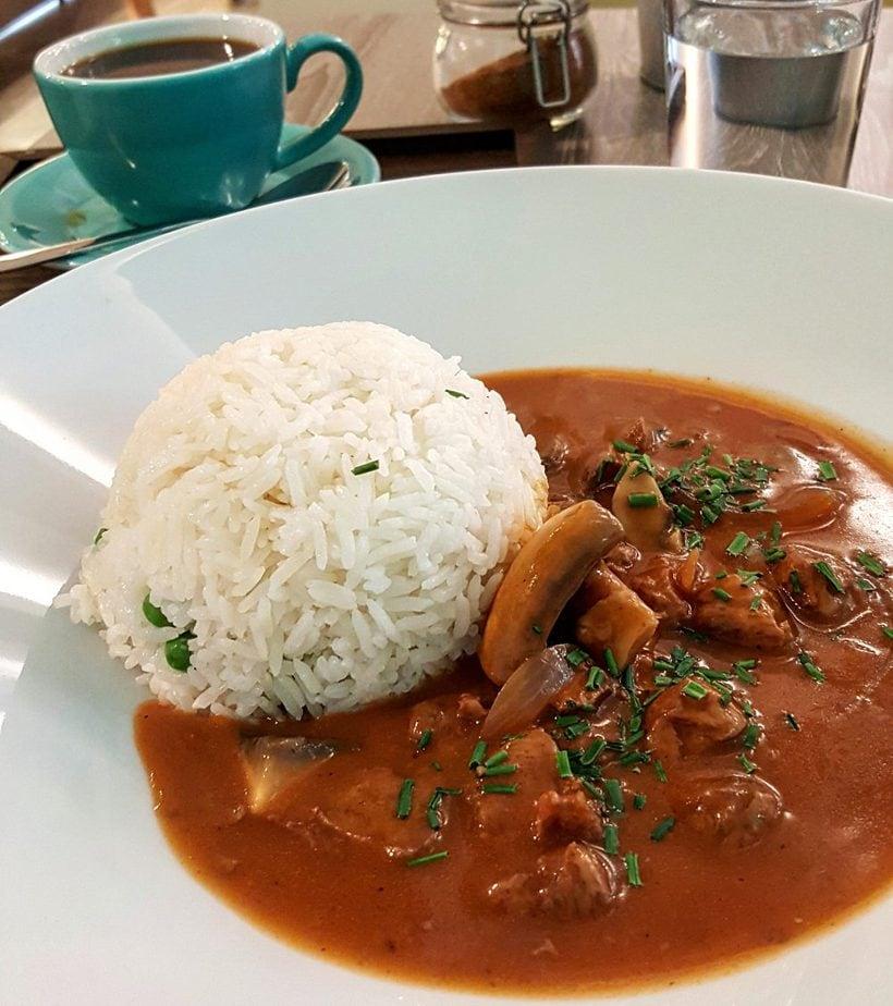 best vegan lunch in prague