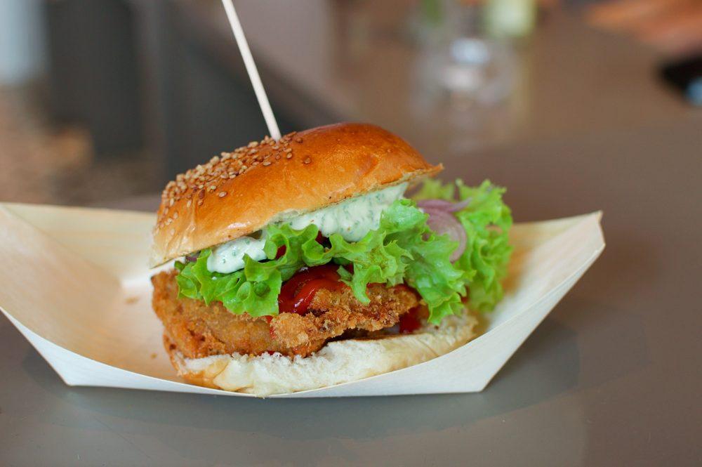 vegan chicken burger berlin