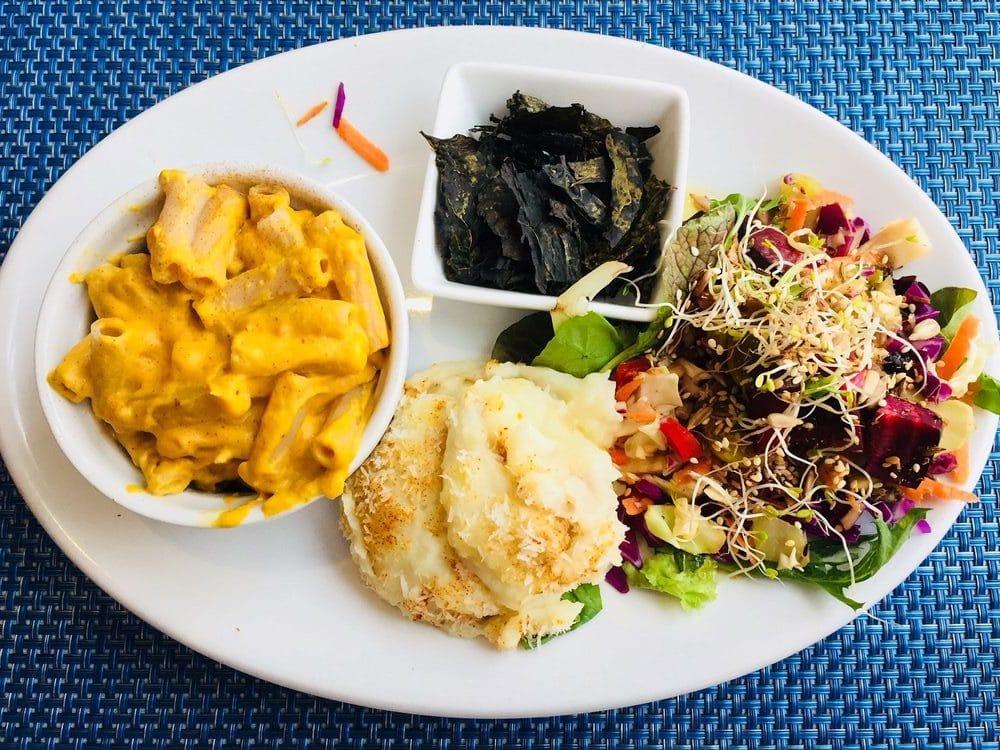 Green Door Vegan Restaurant in Los Angeles