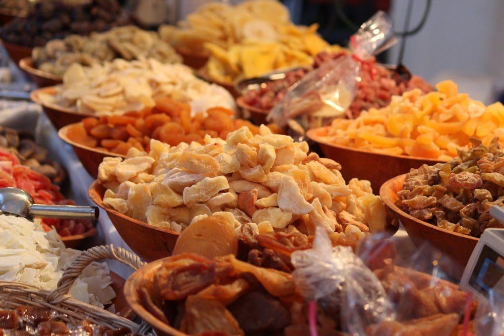 vegan grocery list - dried fruit