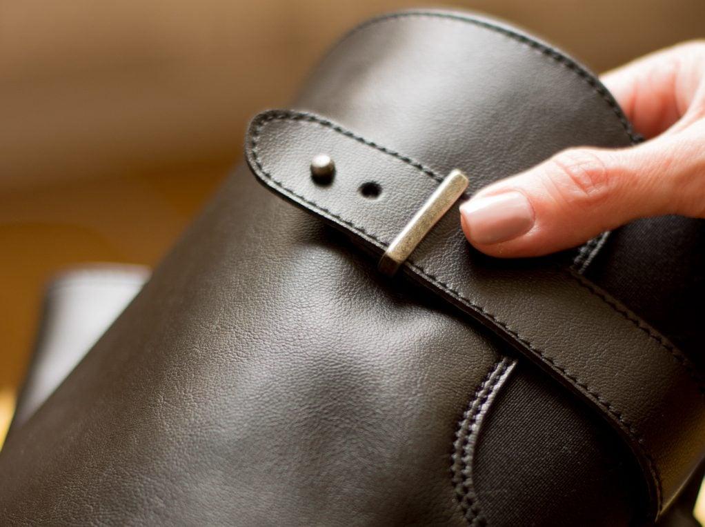 What is Vegan Leather? +9 Vegan Leather Brands! - Veggie Visa