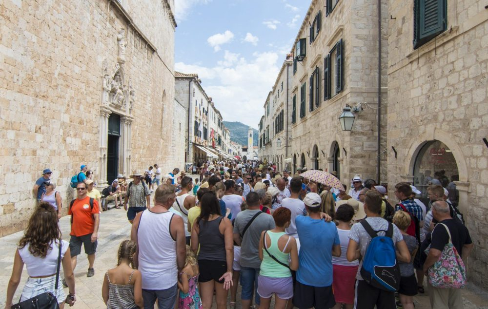 Overtourism in Dubrovnik from cruise ships